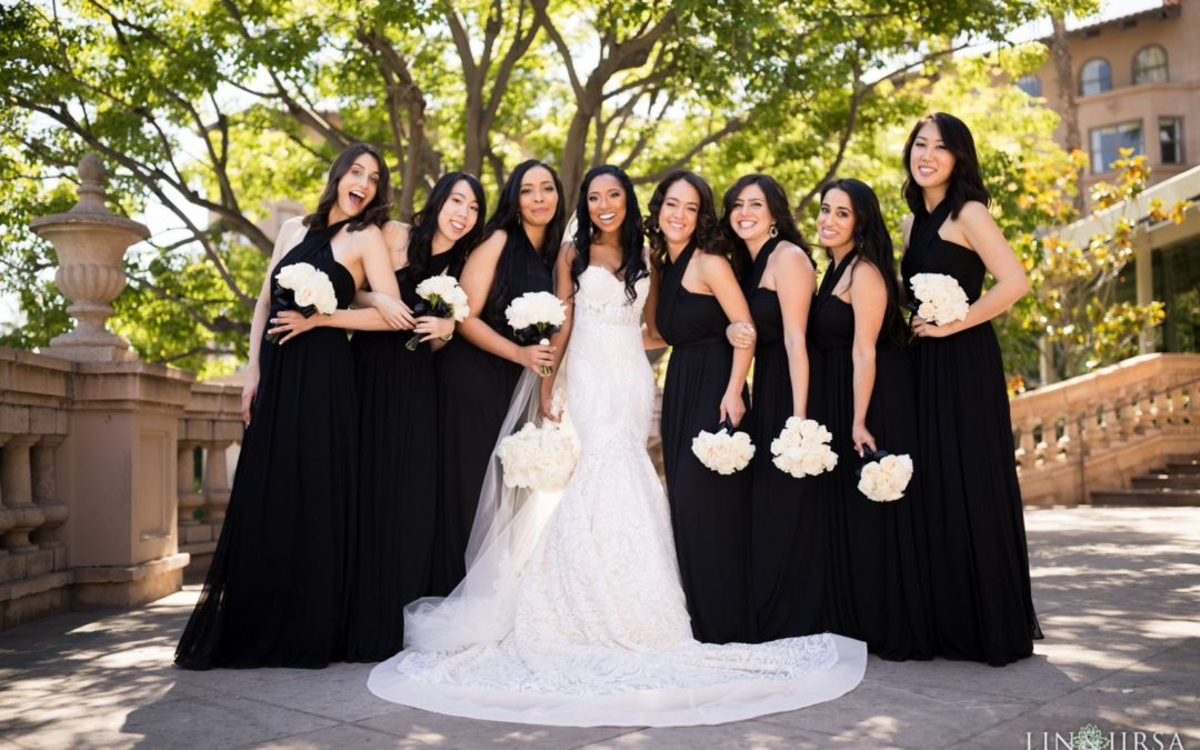 Classic Wedding Theme: Black and White
